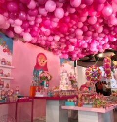 Full Balloon Ceiling
